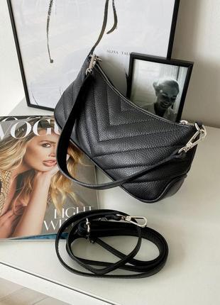 Женская стильная стеганая черна кожаная сумка багет, италия4 фото