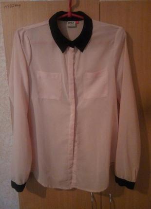 Рубашка блузка нарядная бежевая с воротничком