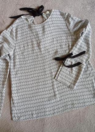 Красивая натуральная блуза