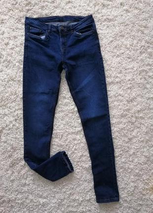 Красивые женские джинсы esmara где-то на 36-38 р в прекрасном состоянии