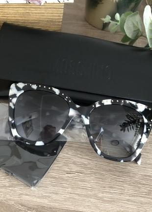 Солнцезащитные очки moschino оригинал2 фото
