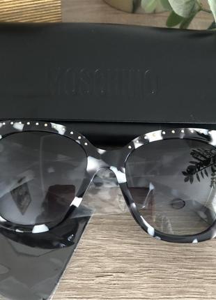 Солнцезащитные очки moschino оригинал3 фото