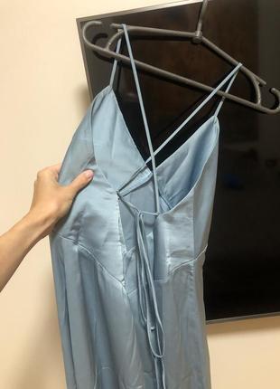 Шёлковое платье голубое небесное нюд в бельевом стиле на шнуровке с бретелями миди