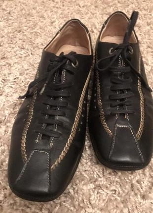 Стильные ботинки туфли балетки на низком ходу кожаные скидки недорого модные