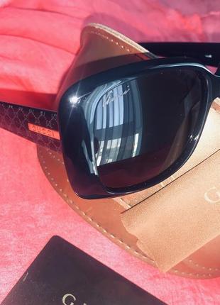 Очки солнцезащитные gucci (оригинал)