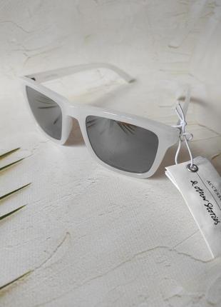 Брендовые солнцезащитные очки в цвете белый кокос & other stories3 фото