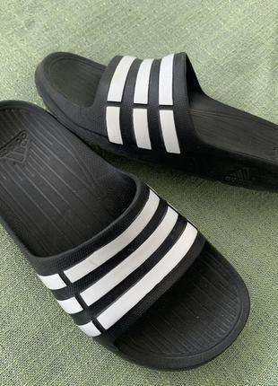 Шлёпанцы adidas оригинал р.35