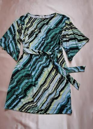 Платье летнее 40-42р