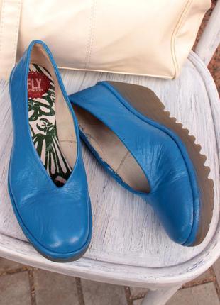 Винтажные уобные туфли сабо fly london