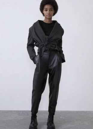 Кожаные штаны / брюки слоуч mom бананы zara