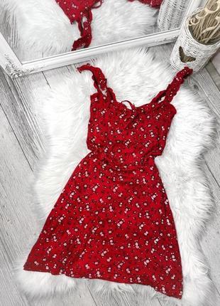 Трикотажное платье в цветы