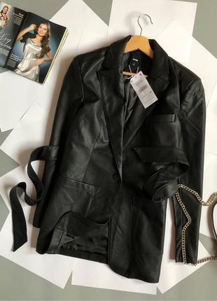 Новый кожаный пиджак с поясом (нюанс указан в описании)