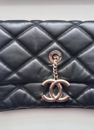 Кожаная женская сумка клатч шанель chanel 30см. люкс