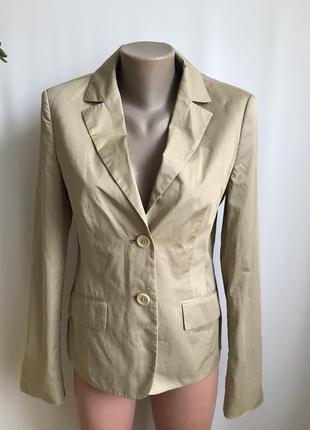 Фирменный тонкий пиджак, жакет от hugo boss 10