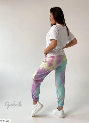 Трендовые цветные спортивные штаны крутые джогеры