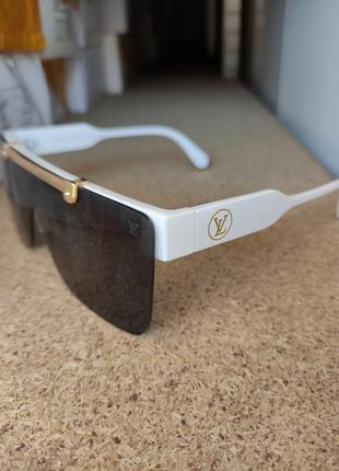 Солнцезащитные очки  louis vuitton2 фото