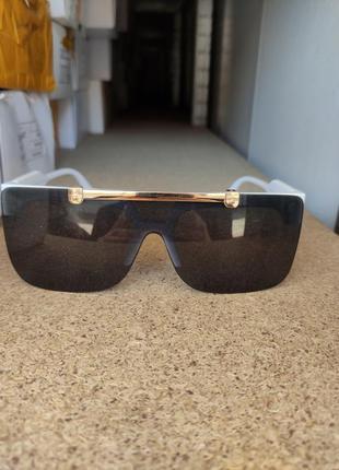 Солнцезащитные очки  louis vuitton3 фото