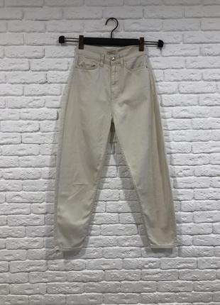Джинсы мом слоучи базовые высокая талия тренд/ джинси