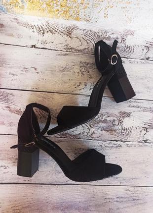 Босоножки, чёрные босоножки, босоножки на каблуке