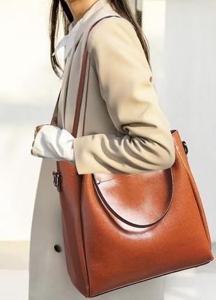 Большая кожаная рыжая сумка с 4 ручками4 фото