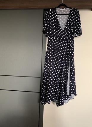 Женское летнее платье на запах в горох темно - синее