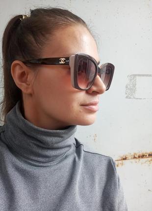 Стильные крупные очки оправа цвета кофе с молоком италия7 фото