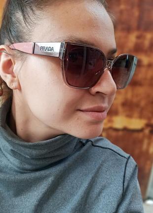 Стильные женские очки в прозрачной оправе с широкой дужкой2 фото