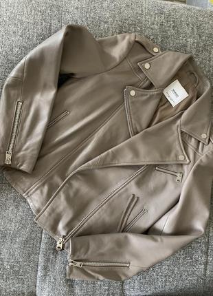 Кожаная куртка косуха mango xs