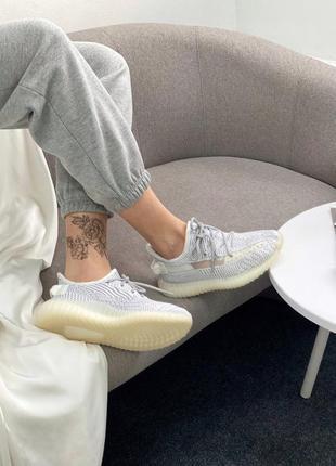 Кроссовки adidas yeezy9 фото