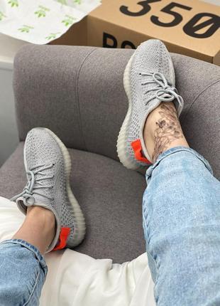 Кроссовки adidas yeezy3 фото