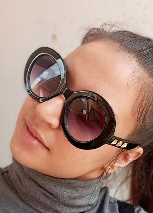 Стильные круглые очки с шипами стиль вне времени7 фото