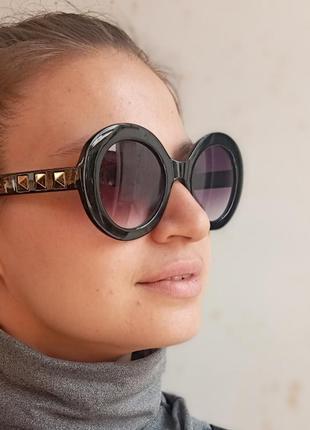 Стильные круглые очки с шипами стиль вне времени8 фото