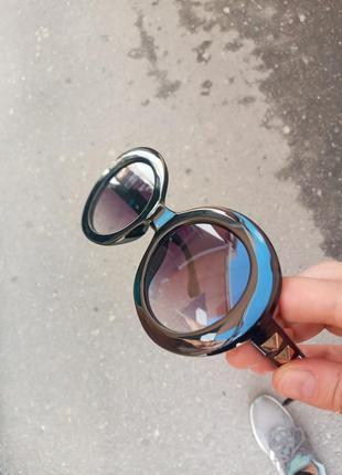 Стильные круглые очки с шипами стиль вне времени1 фото