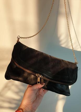 Кожаная сумка кросс-боди клатч на цепочке oasis