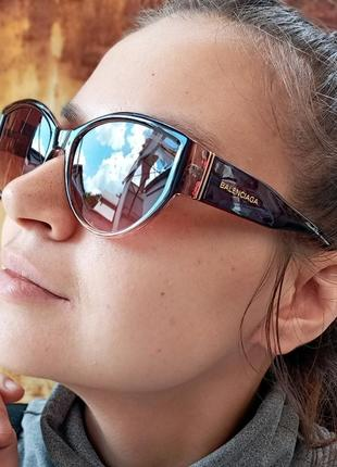 Стильные очки кошки в коричневой оправе италия4 фото