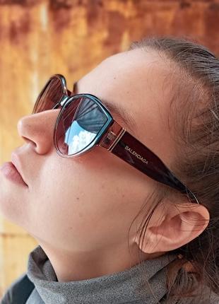 Стильные очки кошки в коричневой оправе италия5 фото