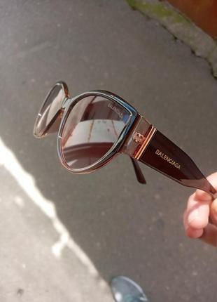 Стильные очки кошки в коричневой оправе италия2 фото