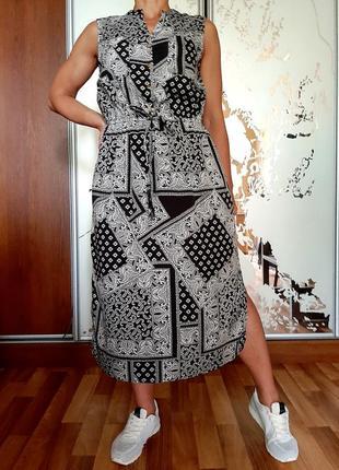 Невесомое базовое платье-рубашка
