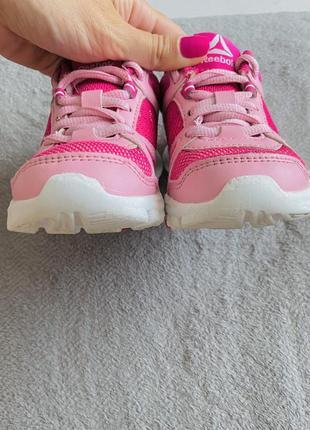 Классные лёгкие кроссовки ❤️❤️❤️4 фото