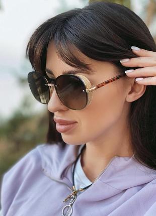 Солнцезащитные очки1 фото