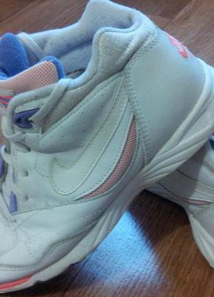 Кожаные кроссовки высокие nike
