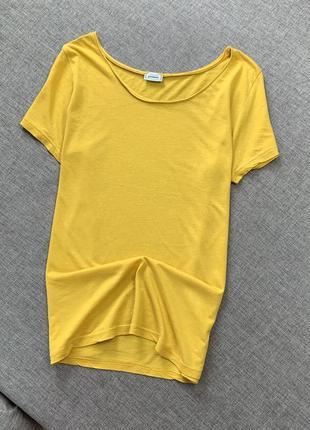 Желтая футболка pimkie котон