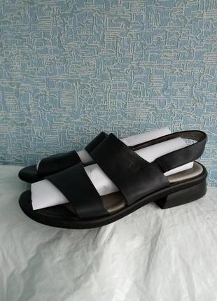Кожаные сандалии босоножки ronde