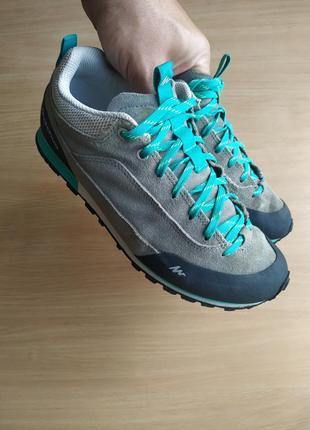 Треккинговые кроссовки quechua arpenaz 500