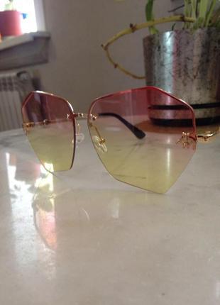Изысканные,нежные солнцезащитные очки. торг.