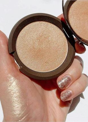 Культовый хайлайтер becca shimmering skin perfector pressed highlighter в оттенке opal