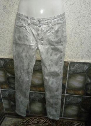 Светлые джинсы на лето1 фото