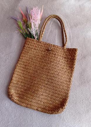 Летняя пляжная сумка соломка