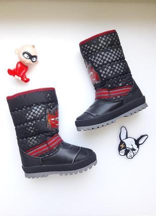 Ботинки сапоги тачки молния  макквин размер 23-24
