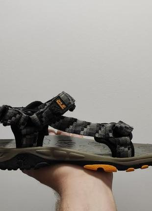 Фирменные сандалии босоножки jack wolfskin seven seas